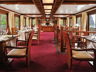 Paradise Peak - Dining Room